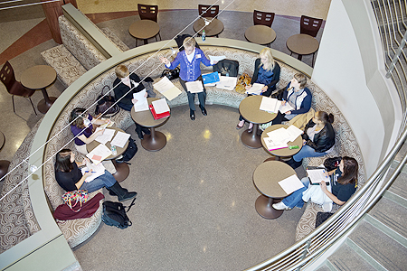 Instructor Elaine Warwick leads a student-teaching class in the lobby lounge of the College of Education building. (MTSU photo by J. Intintoli)